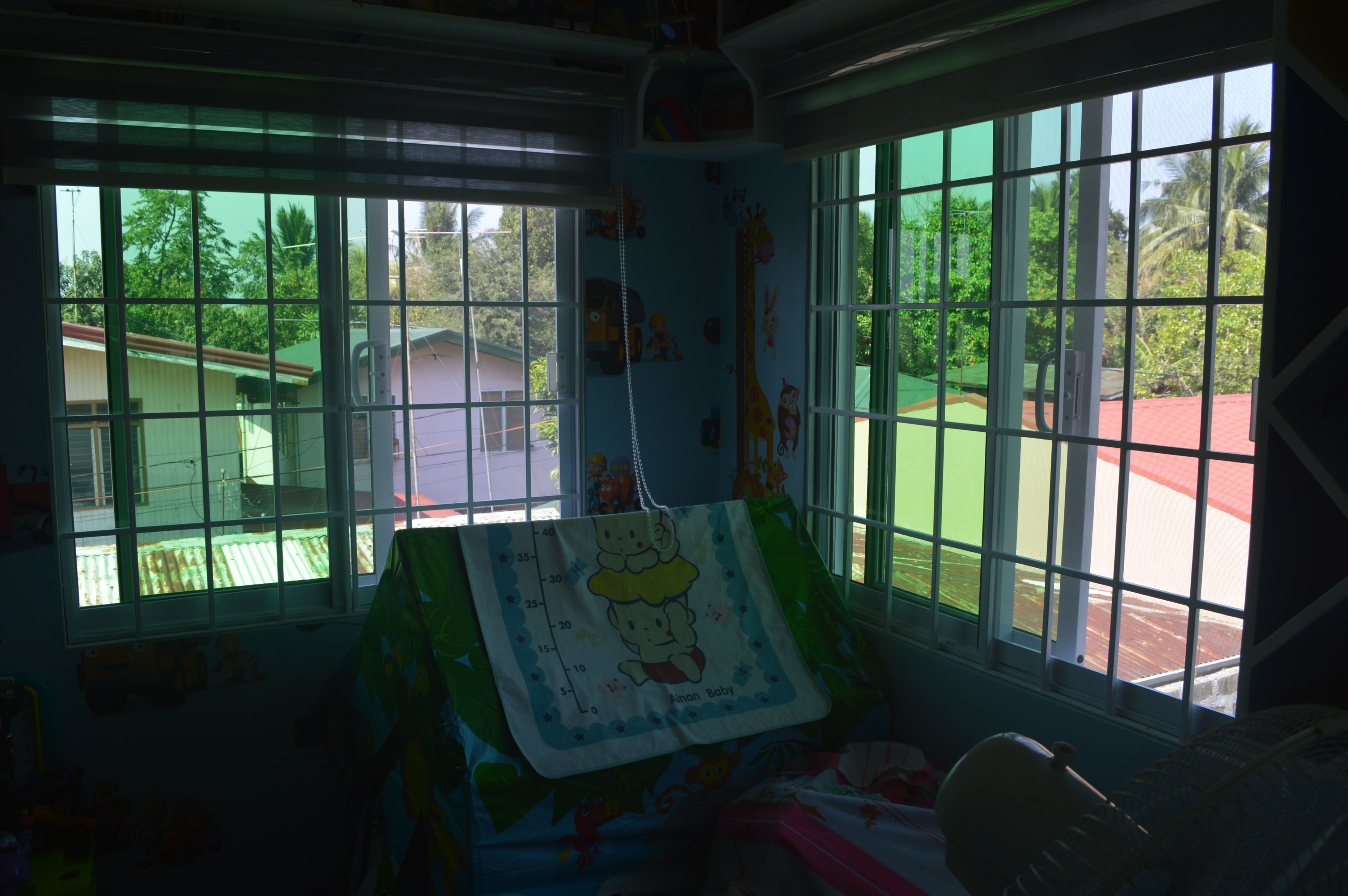 Window grill design photo i n pfhilippines joy studio for Window design in philippines