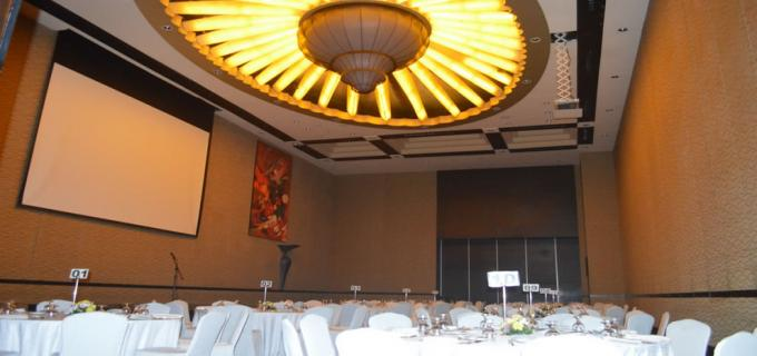 Chandelier - Bellevue Hotel at Ballroom